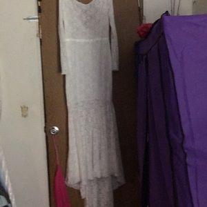 Wedding lite weight style dress